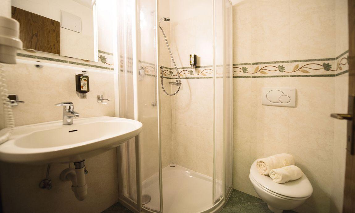 hotel-mondschein-eggental-obereggen-doppelzimmer-single-4.jpg