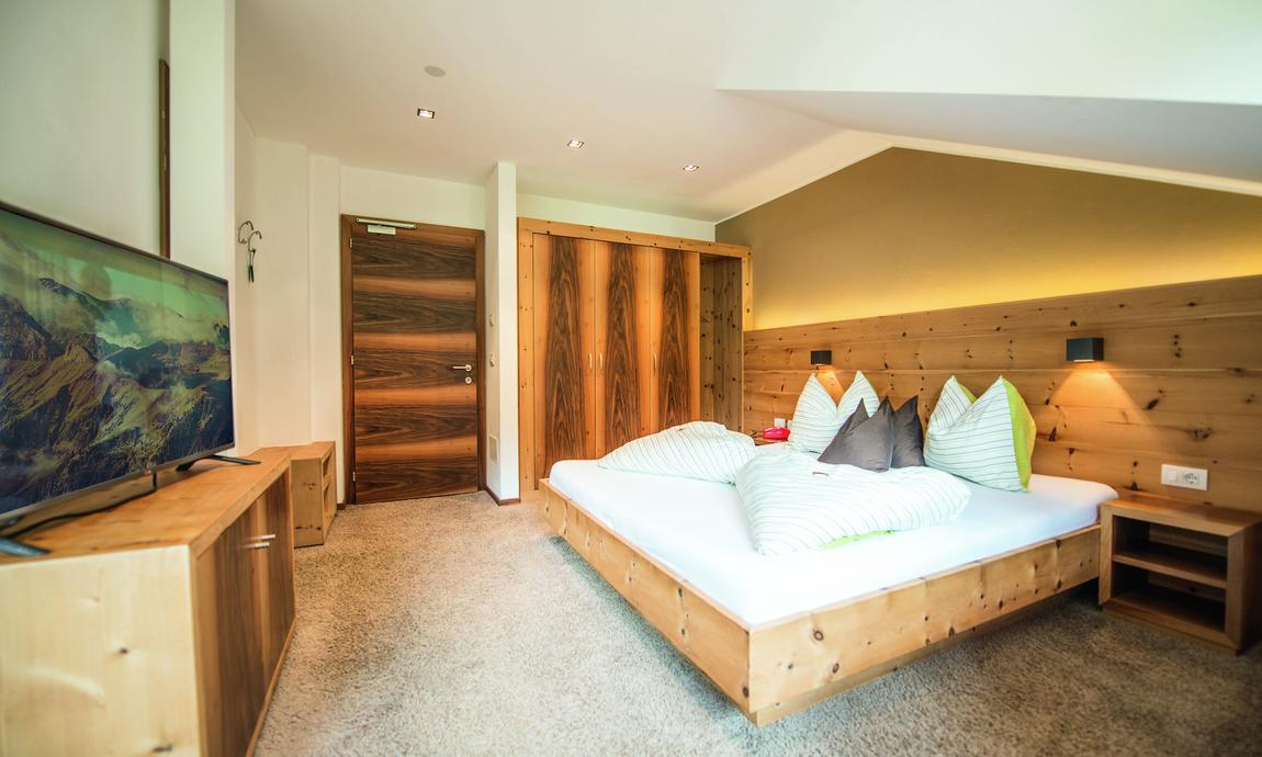 hotel-mondschein-eggen-dz-de-luxe-2.jpg