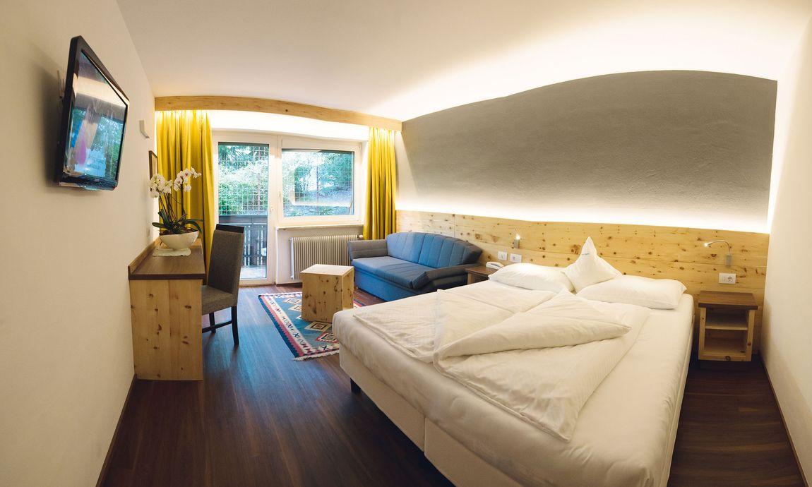 hotel-mondschein-eggental-obereggen-doppelzimmer-komfort-4.jpg