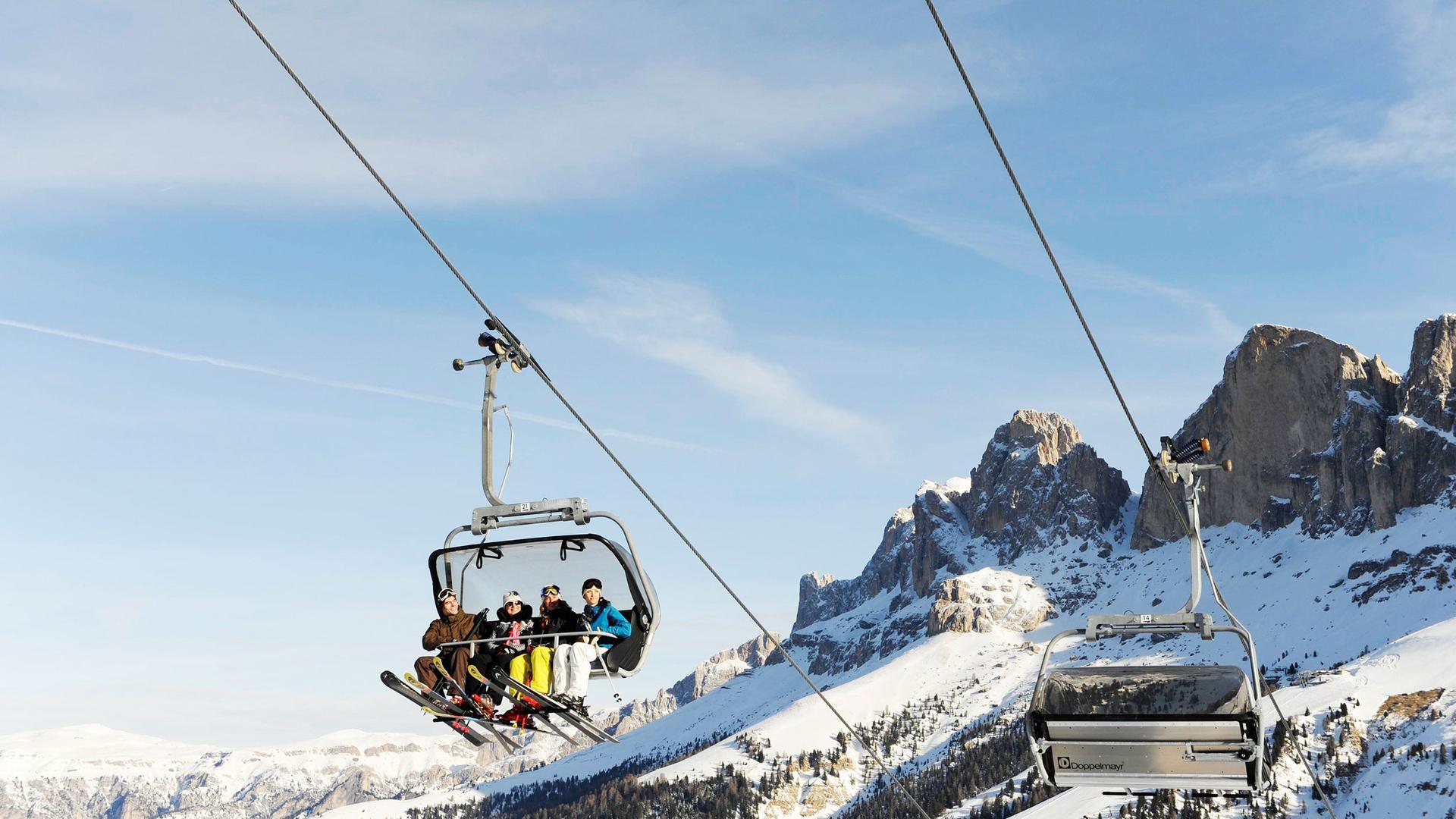 hotel-mondschein-eggental-obereggen-skiarena-carezza-2.jpg